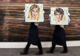 حراج نقاشی هایی از کاری آپسون در حراج سوتبی در لندن انگلیس