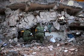 جستجوی در خرابی های زلزله مکزیک
