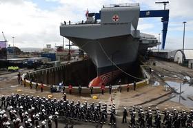 رژه نیروی دریایی انگلیس در ساحل این کشور
