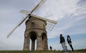 آسیاب بادی که مربوط به قرن هفده است در انگلیس