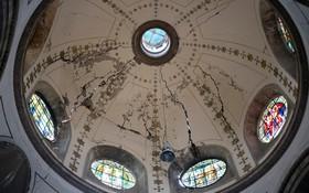 تاثیرزلزله بر گنبد کلیسای تاریخی در مکزیک