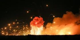 انفجار در یک انبار مهمات در کلینیوکا در اوکراین که موجب تخلیه مناطق مسکونی اطراف شد