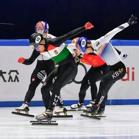 مسابقات اسکیت سرعت 500 متر در بوداپست مجارستان