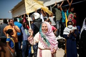 زنی فلسطینی در نوارغزه در انتظار رامی عبدالله و هیات دولت فلسطینی