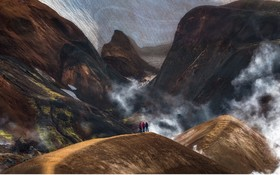 عکسی از کوه های آتش فشانی در ایسلند