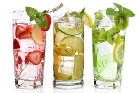 9 نوشیدنی که پوستتان را زیباتر میکنند