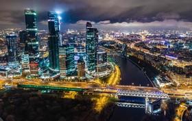منطقه تجاری مسکو روسیه در شب