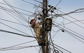 تعمیر خط برق رسانی در هند