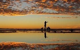غروب آفتاب در ساحل کالیفرنیا