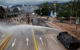 تظاهرات انتخاباتی در هندوراس له سالوادور نصرالا و علیه رییس جمهوری فعلی
