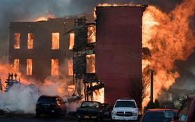 آتش سوزی در شهر آلبانی در آمریکا چند خانه را ویران کرد و بیست نفر را بی خانمان