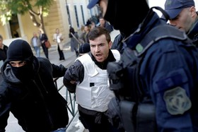 دستگیری گروهی در یونان به اتهام تروریستی که تابعیت ترکیه ای دارند