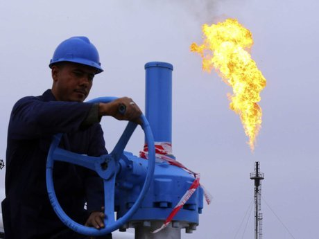 چرا نفت به 70 دلار نمیرسد؟