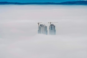 (تصاویر)رنگین کمان در بوگوتا ،سقوط هلیکوپتر در آبیجان ، خشکسالی در آفریقای جنوبی و .... در عکس های خبری روز