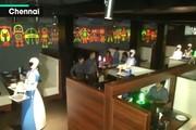 رستوران هندی با خدمات ربات ها