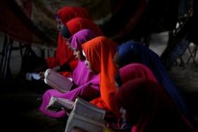 اردوگاه آوارگان در سومالی و کلاس آموزش قرآن