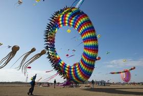 جشنواره بادبادک ها در نانتونگ در چین