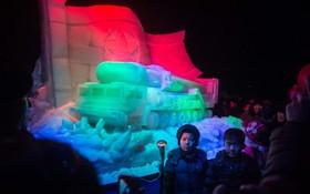 مجسمه های یخی نظامی در کره شمالی