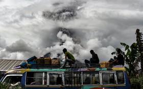 آتش فشان کوه سینابانگ در اندونزی