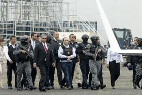 یک مقام مکزیکی که در پاناما بازداشت شده به برای محاکه به مکزیک تحویل داده می شود