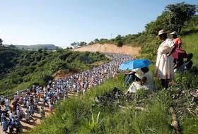 مراسم سنتی سال نو مسیحیان در آفریقای جنوبی
