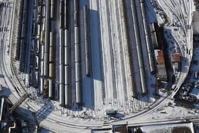 ایستگاه واگن های مترو در نیویورک آمریکا که در برف پوشیده شده است