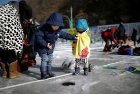جشنواره ماهیگیری زمستانی در کره جنوبی