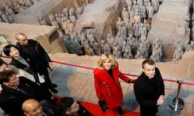 امانوئل مکرون و همسرش در سفر چین