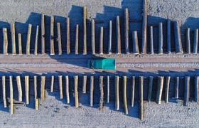 تصویری از طریق یک پهپاد از محوطه یک کاراگاه چوب بری در آلمان