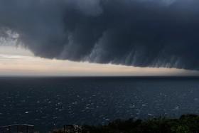 تصویری از وقوع توفانی شدید در ساحل سیدنی در استرالیا