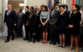 دونالدترامپ برای مراسم امضای مارتین لوترکینگ در کاخ سفید