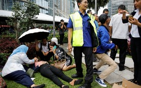 ریزش در ساختمان بورس در اندونزی موجب زخمی شدن تعدادی از مردم حاضر در این ساختمان شد