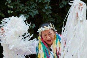 مراسم جن گیری در کره جنوبی با نام مادانگز ! عکس
