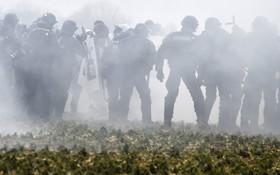 تظاهرات ضد برنامه دولت فرانسه برای توسعه نیروگاه های هسته ای
