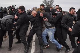 درگیری میان نیروهای حامی حزب دست راستی کارگر در میشیگان در آمریکا با مخالفان هنگام سخنران رهبر این حزب