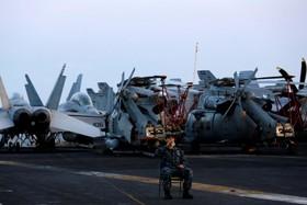 ناو جنگی آمریکا در بندردانانگ در ویتنام