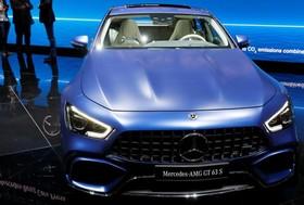 عکس هایی از نمایشگاه خودرو ژنو:بنز آ ام ج جی تی 63