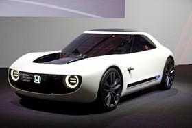 عکس هایی از نمایشگاه خودرو ژنو:خودرو الکترونیک هوندا ای وی