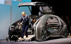 عکس هایی از نمایشگاه خودرو ژنو:رنو ای زی گو