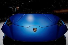 عکس هایی از نمایشگاه خودرو ژنو:لامبورگینی هوریکن