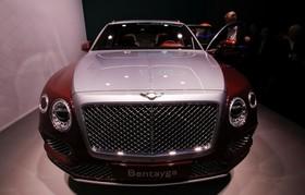 عکس هایی از نمایشگاه خودرو ژنو:ماشین بنتلی بنتایگا