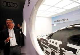 عکس هایی از نمایشگاه خودرو ژنو