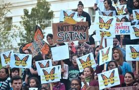 تظاهرات در حمایت از کودکان مهاجر به آمریکا در لوس آنجلیس