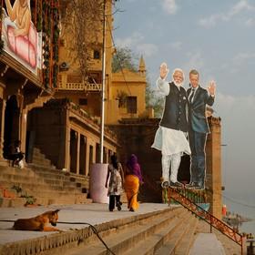 تبلیغات سفر مکرون به هند