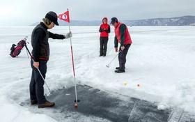 مسابقه گلف روی برف در روسیه
