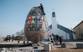 ساخت بزرگترین تخم مرغ عید پاک در اسلواکی