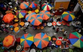 دست فروش ها در هند