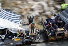 مهاجران آمریکای مرکزی در مکزیک در قطار