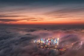 منظره شب مه گرفته در گوانگدو در چین