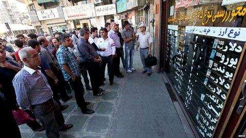 خروج 19میلیارد دلاری ارز وسختگیری چین ، امارات و ترکیه در آشوب ارزی